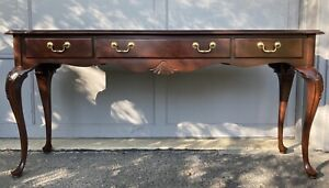 Ethan Allen Georgian Court Queen Anne Console Table 3 Drawers 11-9620 Cherry