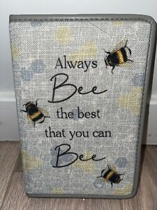 """""""Always be the best you can bee"""" writing / drawing A6 journal notebook 📔🐝✍🏼"""