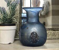 Vase blau Glasvase römisches Glas Replik Nachformung Löwenkopf Nuppe