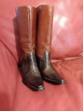 Brown Tooled Leather wms. Western Cowgirl Boots with heel sz 7 .Antonio Melani