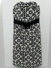 Lilly Pulitzer  Black and White Flower Strapless Dress Sz 2