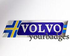 Nuevo Volvo Aluminio cepillado con bandera de Suecia coche insignia R