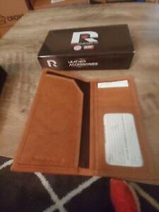NHL Chicago Blackhawks Tan Leather Rugged Roper Wallet