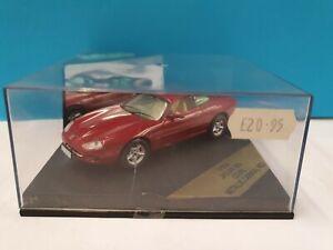 Vitesse 1:43 Scale V101A - Jaguar XK8 Coupe - Metallic Carnival Red