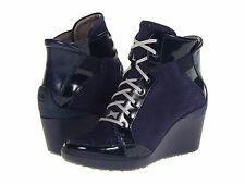 $180 New Tsubo Dess Navy Blue Suede Patent Leather Fashion Sneaker sz 5.5M