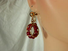 XXX Pretty Vintage 1960s Gold Wire Red Glass Modernist Hoop Earrings  793H