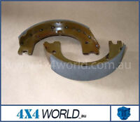 For Toyota Landcruiser HJ45 HJ47 Series Hand Brake Shoes