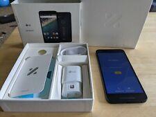LG Nexus 5X H790 - 32GB - Carbon (Unlocked) Smartphone