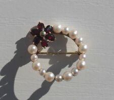 Goldschmuck 333 Granat Brosche mit Perlen in 8 Kt Gold Blumenmuster