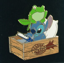 Disney Auctions (P.I.N.S.) - Stitch in a Pineapple Box w / Frog Limited Edition