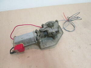 Ferrari 400i,412,365 GT4 2+2 - RH Door Window Winder Motor / Lift 255-30-570-01