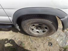 Passenger Wheel Well Moulding Nissan Pathfinder 96 97 98