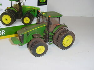 """1/32 John Deere 8370R Tractor """"Dusty Chase Unit""""! 2014 Farm Show NIB!"""