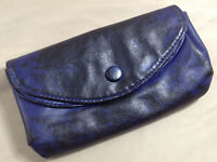 LuLu Wallet Womens Blue & Black Snap Closure