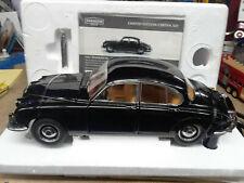 Paragon Daimler V-8 250 Jaguar diecast 1/18 scale