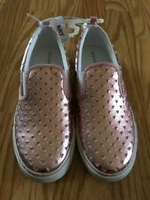 Old Navy Girls Slip-on Shoes. Size 6 NEW
