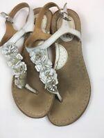 Born Concept BOC White Flower Leather Thong Flip Flop Floral Sandals Size 7 VGC