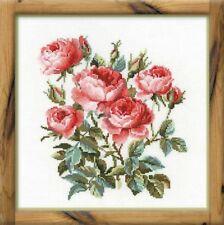 RIOLIS  1046  Roses de Jardin  Broderie  Point de croix compté