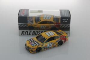 NASCAR 2020 KYLE BUSCH #18 M&MS MINIS CANDY 1/64 CAR