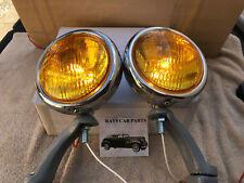 NEW PAIR OF 12 VOLT SMALL AMBER VINTAGE STYLE FOG LIGHTS WITH GRAY BRACKETS