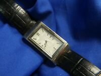 Mother Of Pearl face Silvertone black leather band estate WATCH fresh batt A10