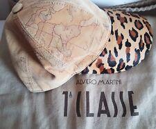 Cappello Alviero Martini Primaclasse  1 Classe in pelle scamosciata Geo Classic