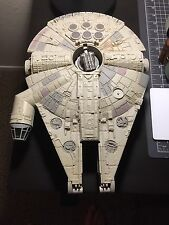 Star Wars Millenium Falcon Ship Micro Machines Action Fleet Galoob w/ Figurines