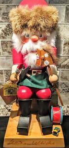 Vintage Holzkunst Christian Ulbricht Santa Nutcracker, Toymaker Signed & Numbere
