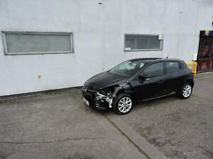 18 Renault Clio 1.5dCi Dynamique Nav Damaged Salvage Repairable