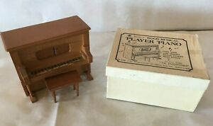 """Chadwick Wood Musical PLAYER PIANO Music Box """"The Entertainer"""" 1976 5x4x2.5"""""""