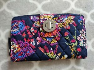 Vera Bradley Wallet with RFID Protection Purse Navy Floral Quilted Brand New