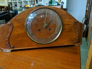 Large Vintage art deco style chiming Mantel Clock great condition