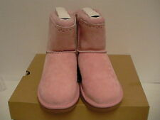 Women's ugg boots K dixi flora perf pink size 4 Youth new with box