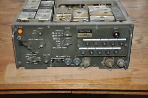 Military Radio RT-246A/VRC Transceiver 30-74-95 MHz read description & Picture's