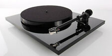 Rega Planar 1 Turntable with RB110 tonearm/Carbon Cartridge AUTHORIZED-DEALER