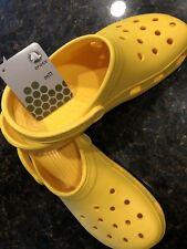 Crocs Birthday Classic Yellow M11
