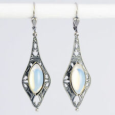 Ohrringe Ohrhänger lang Silber Altsilber Opalglas Vintage retro – Opal – weiß