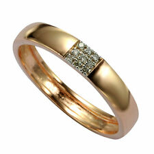 14 Carat Yellow Gold Round Fine Diamond Rings