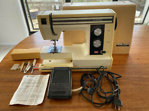 Vintage JANOME Sewing Machine with Carry Case & Accessories 1984 Model SD2014
