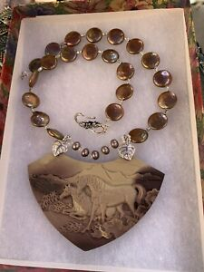 RIBBON JASPER HAND CARVED HORSES PENDANT NECKLACE EARRING SET WITH FF PEARLS
