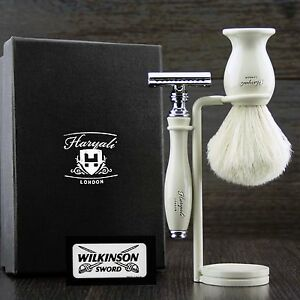 Vintage Double Edge Safety shaving Razor With Badger hair shaving brush & Stand