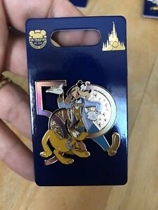Disney WDW 50th Anniversary Goofy and Pluto Pin