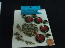 DOLLHOUSE DINNER SET- RED AND GREEN- 16-PC.