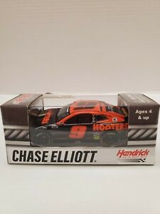 Chase Elliott #9 Hooters Night Owl Action 1:64 Scale Diecast NASCAR