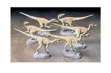 Tamiya     Velociraptors (six pak) TAM60105