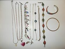 Small lot of Vintage Jewelry - Bracelets/Necklaces