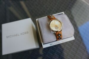 BRAND NEW Michael KORS watch for QUICK SALE!