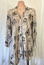 WISH  SIZE 8 FLORAL SHIRT