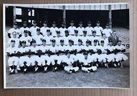 TYPE 1 1962 NEW YORK YANKEES TEAM PHOTO PSA/DNA WORLD SERIES CHAMPS