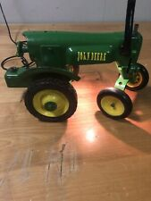 Re-Purposed Vintage Sewing Machine into an John Deere Lamp Tractor